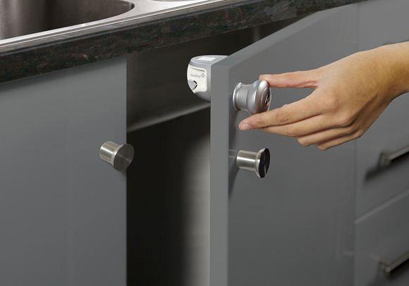 Снимка на Система за магнитно заключване на шкафове (1 бр./оп.) - ST-33110024